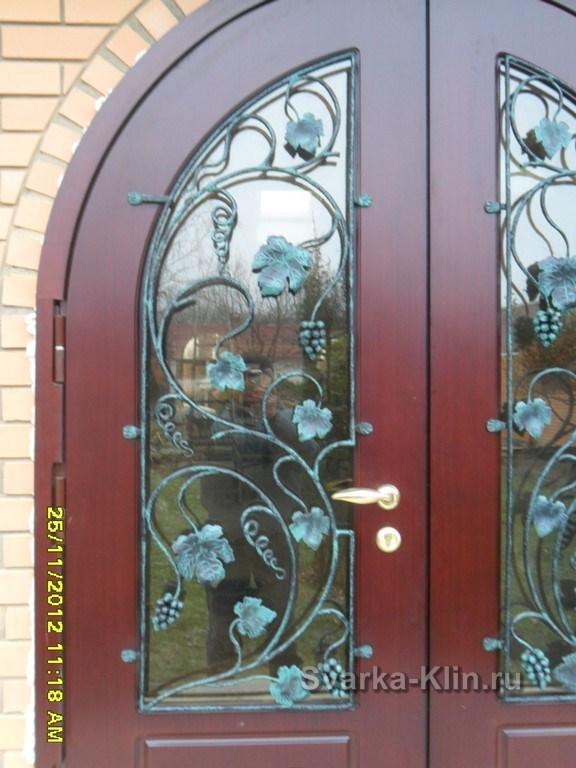 двери входные в г черноголовка